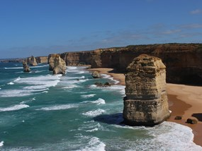 Great Ocean Road & Twelve Apostles Tour