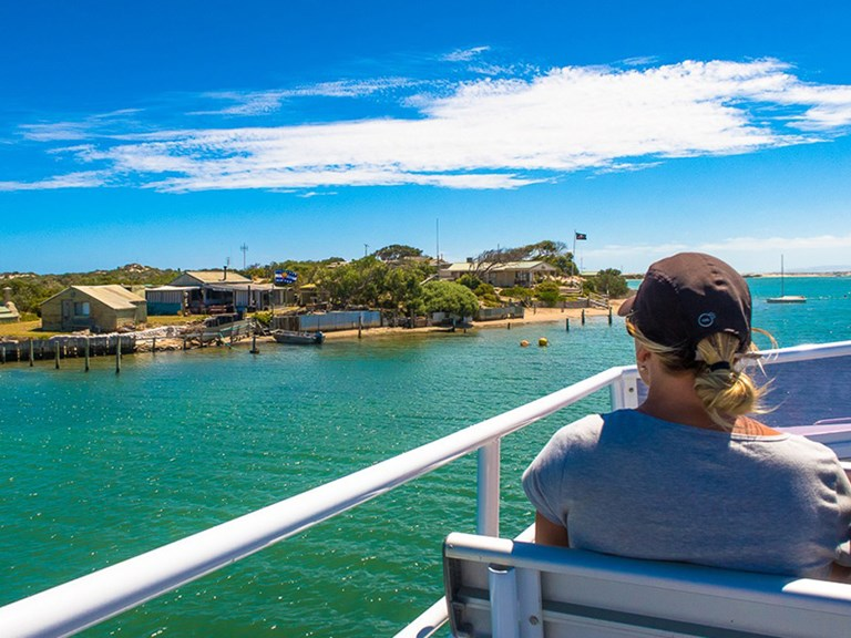 AUADL Spirit Of The Coorong  Coorong Discovery Cruise POP