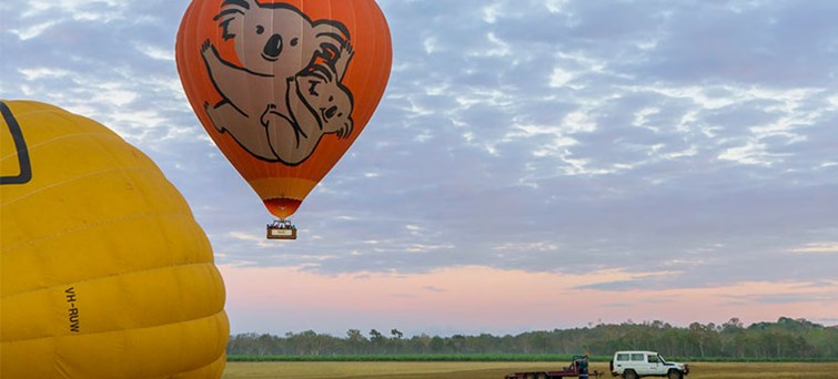 AUCAI Hot Air Balloon Cairns & Return transfer BNR1