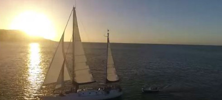AUCAI Big Mama Sunset Sail to Magnetic Island BNR4
