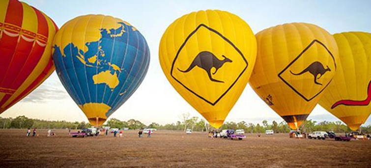 AUCAI Hot Air Balloon Cairns & Return transfer BNR2
