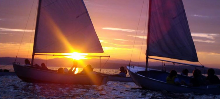 AUCAI Big Mama Sunset Sail to Magnetic Island BNR3