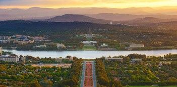 Full Day Gray Line Canberra Australias Capital Tour WCU4