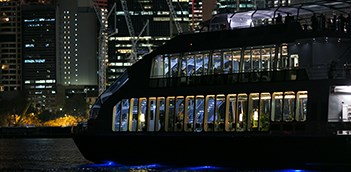 Glass Boat Dinner Cruise With Half Day Morning Sydney City Tour  WCU3
